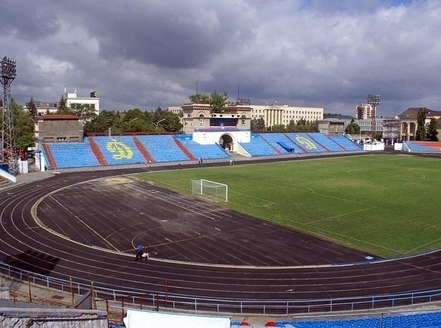 Стадион динамо в таганроге фото на карте