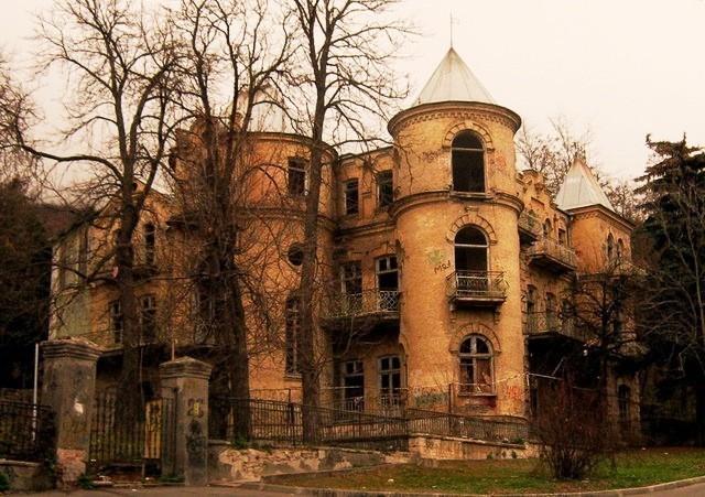 Дом Эльзы вПятигорске возглавил топ-5 самых мистических особняков в РФ