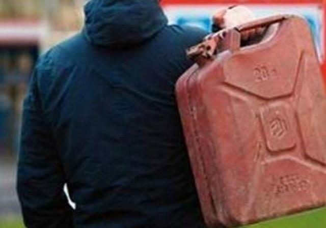 Пожилой мужчина из ревности спалил дом своего соперника на Ставрополье