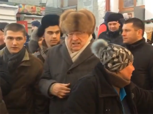 Жириновский в Кисловодске устроил шоу на рынке