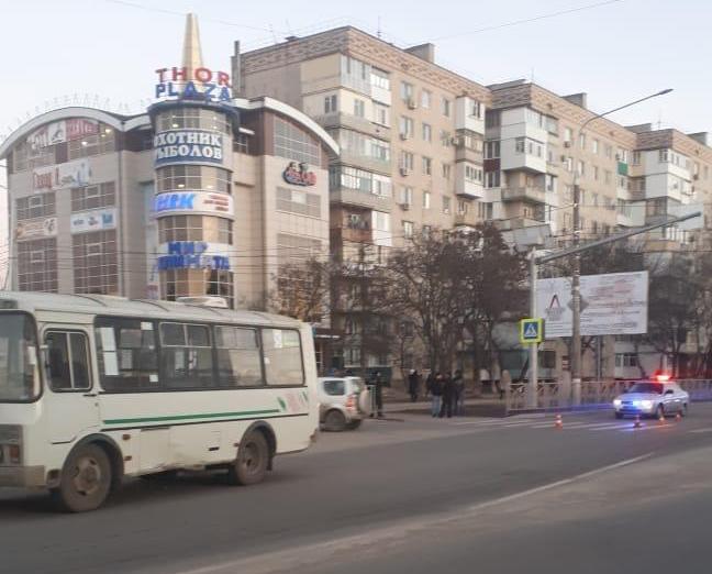 Автобус насмерть сбил женщину на пешеходном переходе на Ставрополье