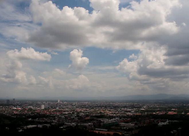 Облачность и сильный ветер ждут Ставрополье в воскресенье