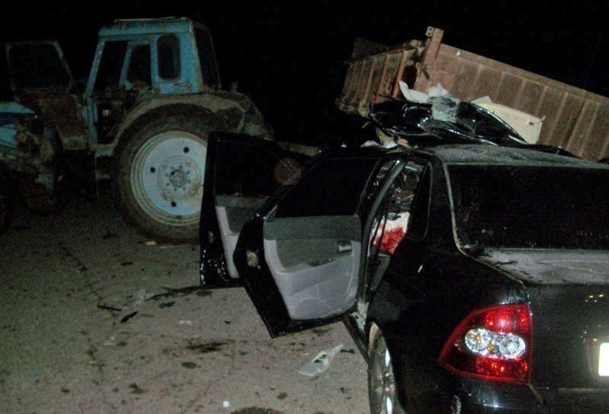 На Ставрополье произошло столкновение трактора с легковушкой