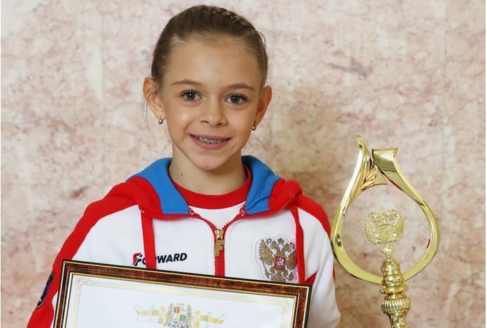 Глава Ставрополя наградил юную чемпионку