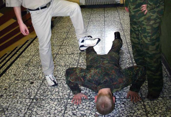 Военная прокуратура Ставрополья рассказала об ответственности за «дедовщину»