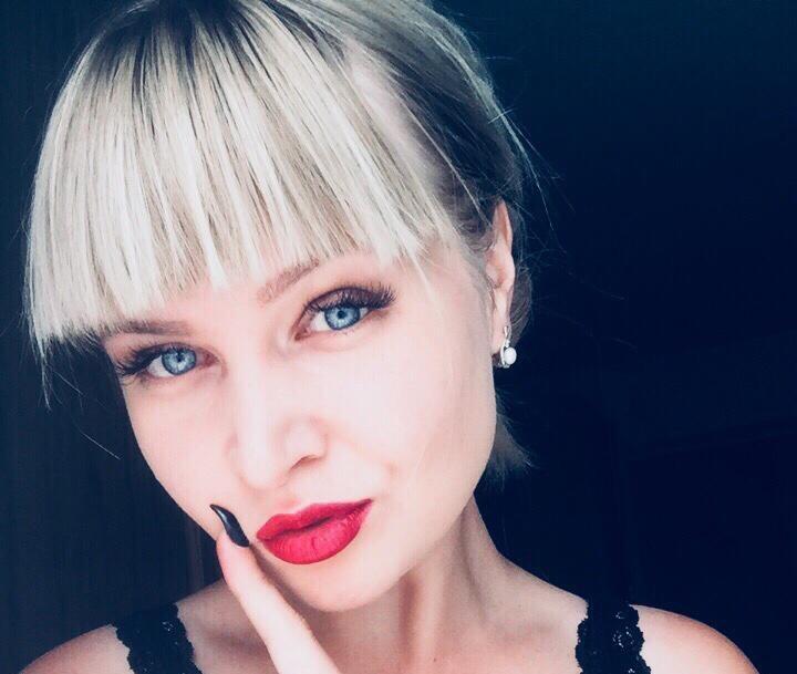 Наталья Лозовая участвует в конкурсе «Мисс Блокнот»