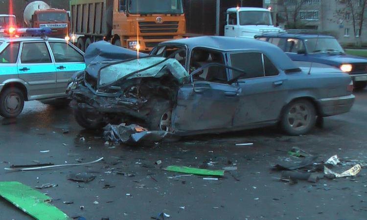 В Ставропольском крае произошло ДТП с участием трех автомобилей