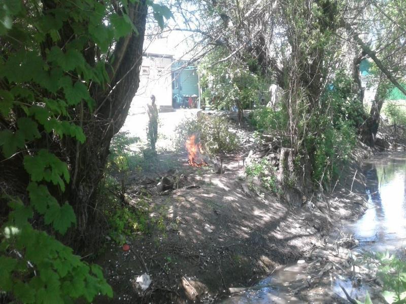 На Ставрополье после майских праздников из реки достали горы мусора
