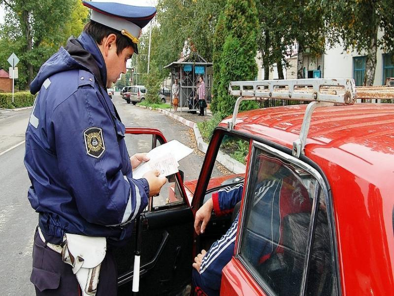Машину с наркотиками остановили в Петровском районе