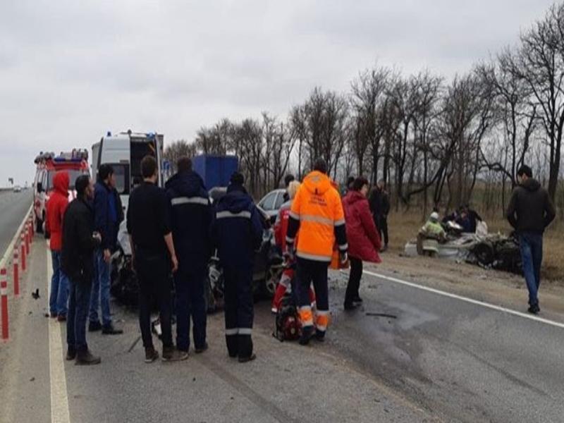 Три человека погибли в страшной аварии на трассе «Кавказ» в Ставропольском крае