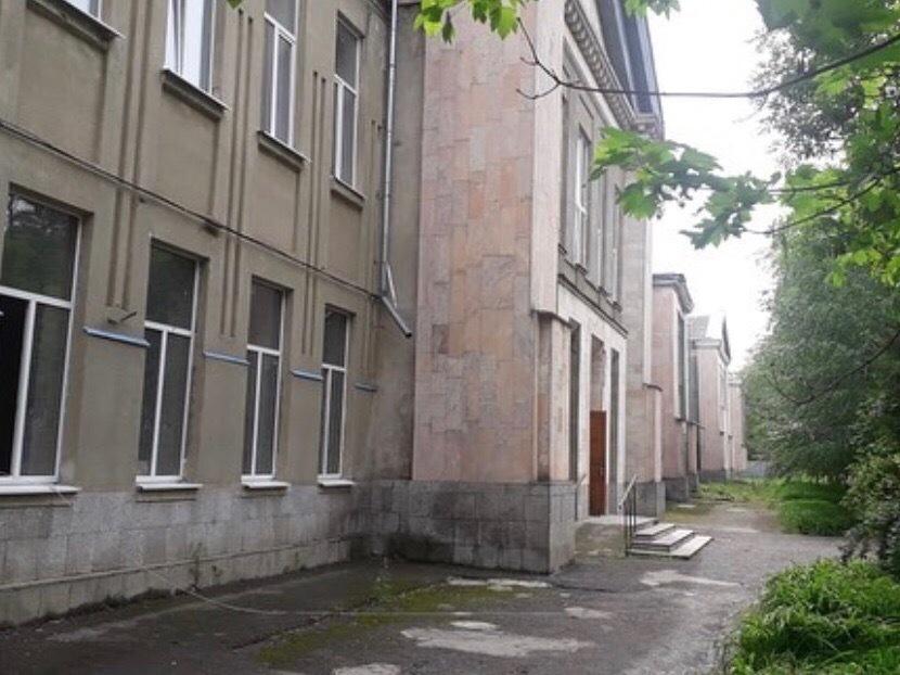 В одной из старейших школ Ставрополья начали капитальный ремонт