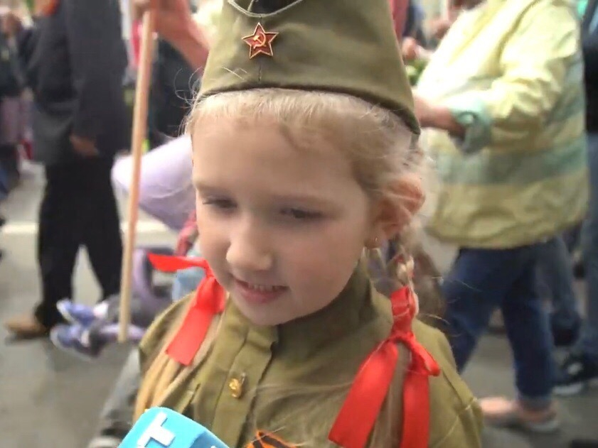 «Спасибо деду за победу»: В Ставрополе прошел «Бессмертный полк»