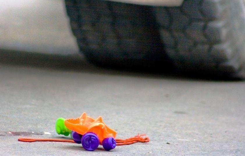 В МинВодах 12-летняя ученица музыкальной школы попала под колеса автомобиля