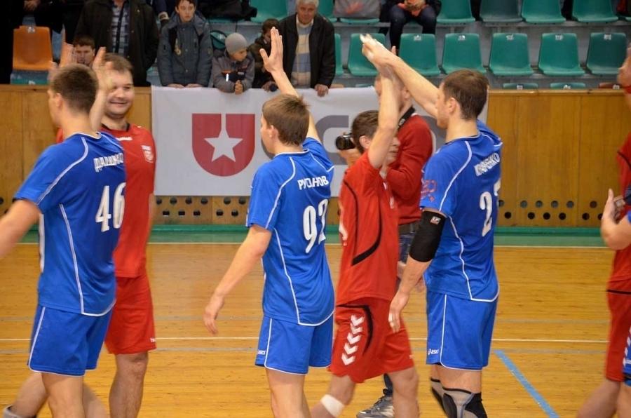 Ставропольские гандболисты продолжают борьбу за медали молодежного первенства