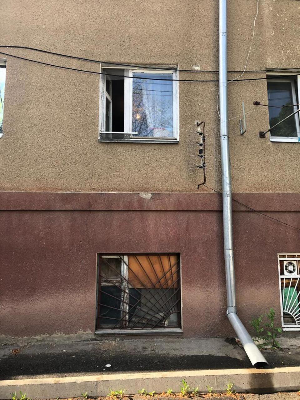 В Ставрополе годовалый ребенок остался жив после падения из окна