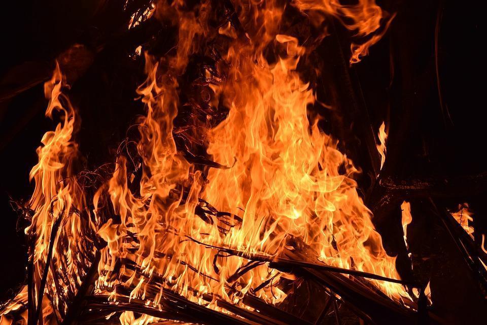 В одном из городов Ставрополья потушен крупный пожар