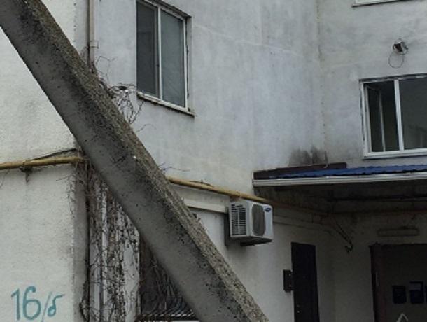 Желание принять ванну закончилось смертью хозяйки квартиры и ее соседа снизу на Ставрополье
