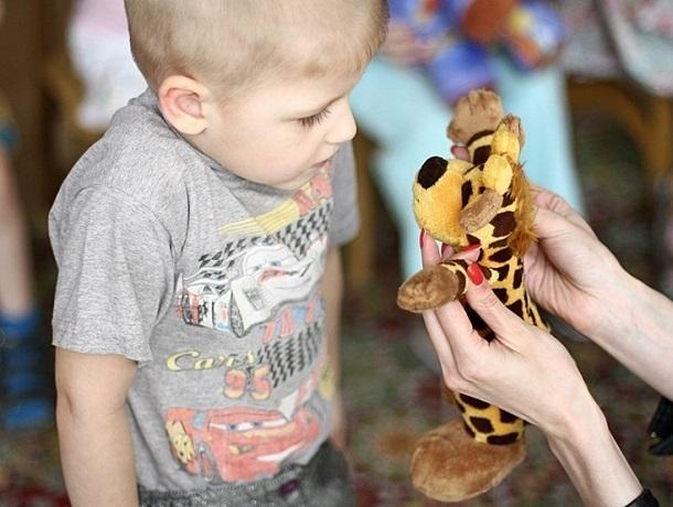 Подарки для детей ставропольских нефтяников оказались в шесть раз дороже, чем для детей малообеспеченных