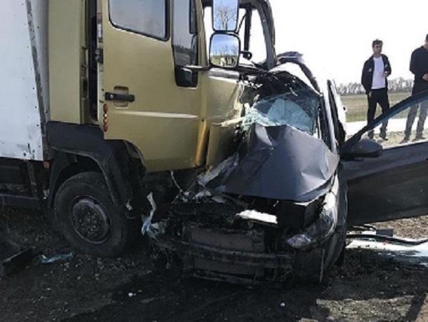 Подушка безопасности и удар в пассажирскую сторону не спасли от смерти водителя «Соляриса» в Ставропольском крае
