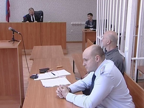 Больше трехсот тысяч голосов требуют освободить бывшего ставропольского полицейского Алексея Гуриева