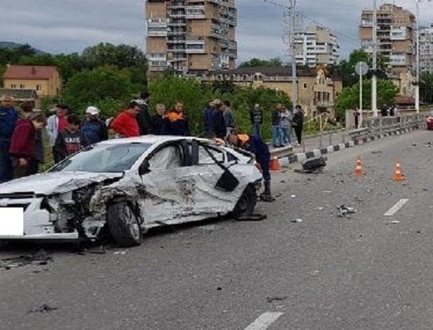Шесть человек пострадали в жестком ДТП с «десяткой» и «Шевроле» в Кисловодске
