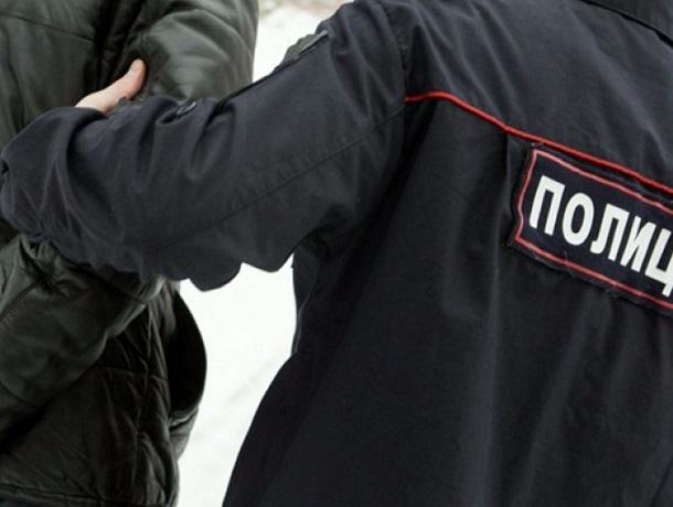 Агрессивный мужчина избил двух полицейских в Ставропольском крае