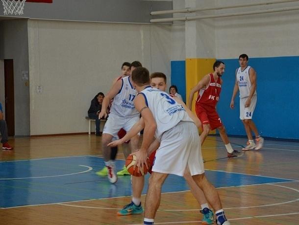Гандболисты из клуба «Динамо-Виктор» победно завершили сезон в Тобольске