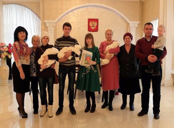 Многодетной семье отказали в выплате пособий на детей на Ставрополье