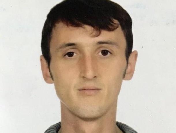Уже год не могут найти 33-летнего мужчину, уехавшего на заработки в Ставрополь