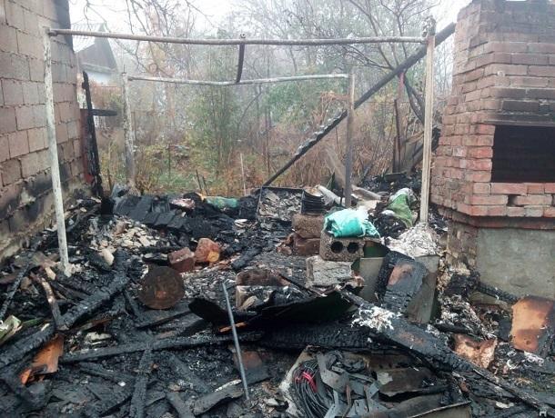 Ночной пожар на улице Мира унёс жизнь одного ставропольца
