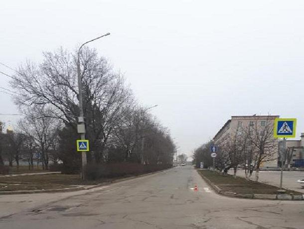 Неизвестного водителя, сбившего пешехода на «зебре», разыскивают на Ставрополье