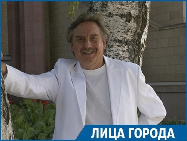 «Театральное закулисье»: актер ставропольского театра о нелюбимых ролях, целях и изнанке творческого мира