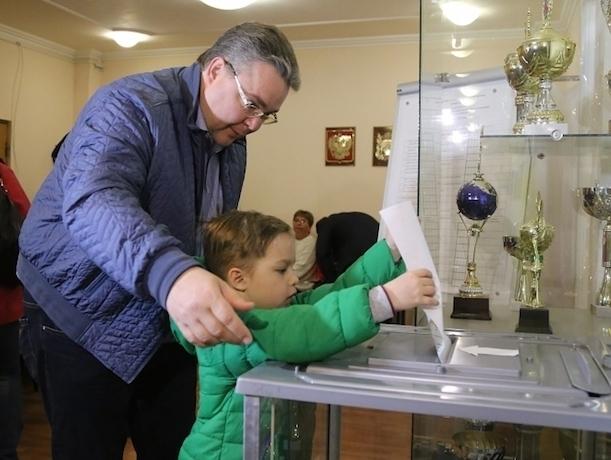 Губернатор Ставрополья проголосовал на выборах за будущее страны