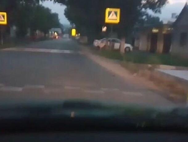 «Лежачие полицейские» размером с бордюр возмутили жителей Ставрополья