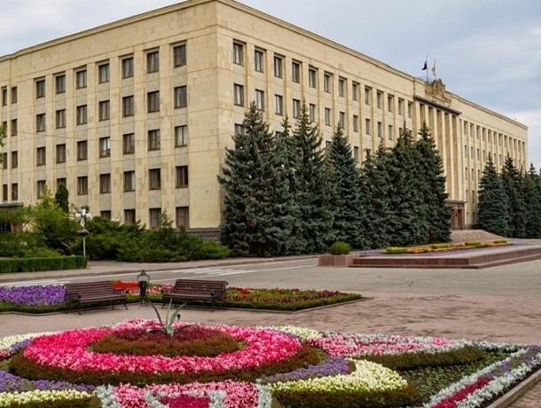«Недоремонтировали»: еще 11 миллионов рублей пойдет на ремонт обновленного здания правительства Ставрополья