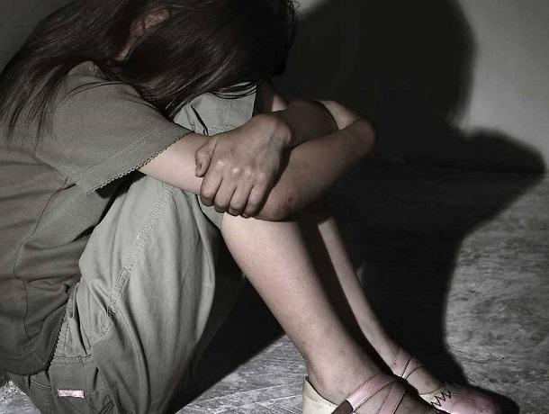 Отчим развращал 11-летнюю падчерицу, пока жена была на работе на Ставрополье