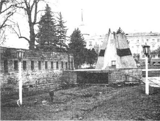 Прежде и теперь: как менялась каменная палатка с ключами от Ставрополя