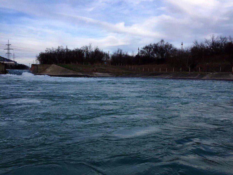 ВВоронежском водохранилище cотрудники экстренных служб продолжают искать утонувшего 70-летнего рыбака